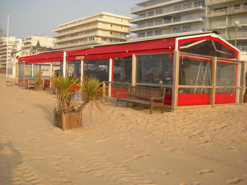 Bâche De Terrasse Pour Restaurants Et Cafés En Loire Atlantique